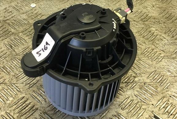 BLM22524                                  - SOUL 14-19                                  - Blower Motor                                 ....194916