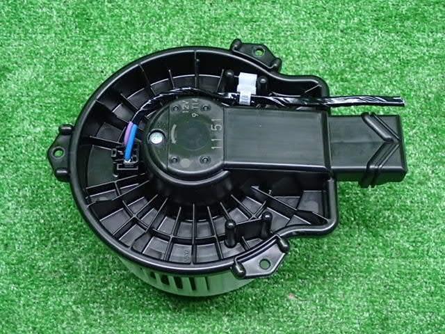 BLM57013                                  - [1NZFE,2NRFKE]PROBOX,SUCCEED 2014-,AXIO,COROLLA 2012-,FIELDER , SIENTA 2015-                                  - Blower Motor                                 ....191353