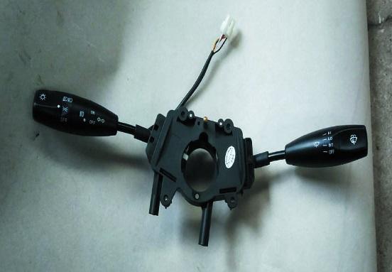 TSS68246(LHD)                                  - N300                                  - Turn Signal Switch                                 ....168263