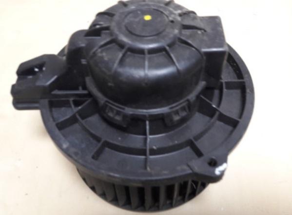 BLM69230                                  - TUCSON IX35 2015-2018,SPORTAGE 2015-                                  - Blower Motor                                 ....169621