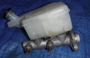 MAC80829                                 - MARCH 02-10 K12/CUBE 02-08 Z11 GZ11 Z12 /NOTE 05-2 E11                                 - Brake Master CYL.                                 ....184618