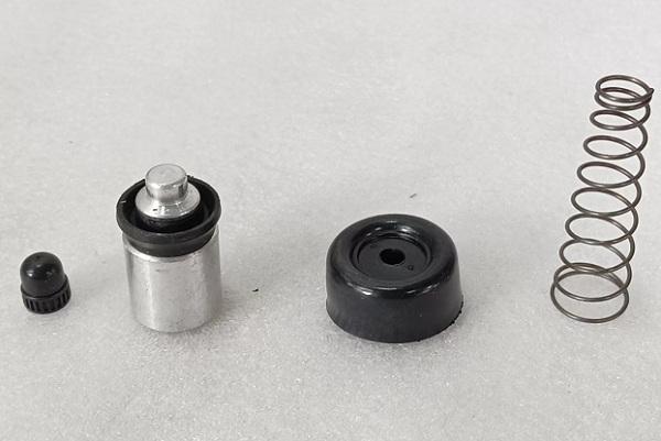 CCR87912                                 - BLUEBIRD 83-92, PATROL 89-96, PRIMERA 90-98, SUNNY 86-90, TERRANO 86-93                                 - Clutch/Brake repair Kit CYL.                                  ....203163